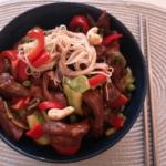 Wieprzowiny Stir-Fry z Warzywami w Thermomix